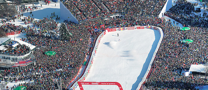 Travel to the Hahnenkamm Races with the Combi-Ticket
