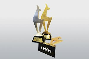 Loyal benefactors of the Hahnenkamm trophies
