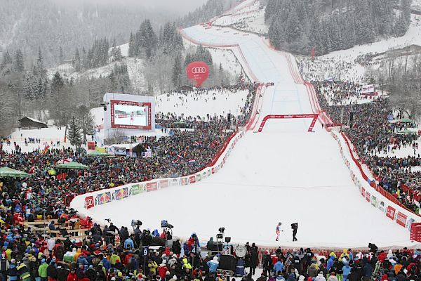Experience the Hahnenkamm Races live - unlimited entry tickets