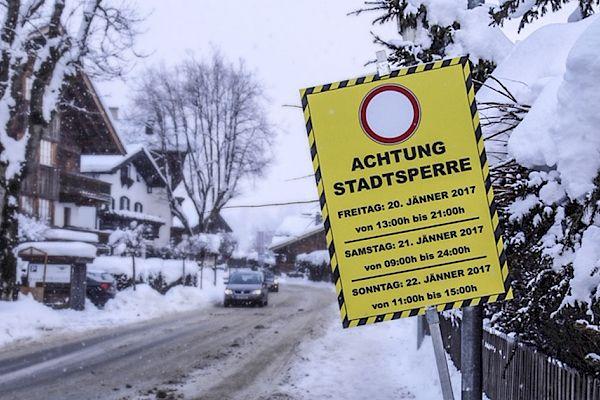 Limited car access to Kitzbühel city centre