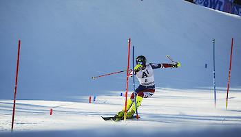 Kitzbühel-Slalom – Ryding (GBR) in the lead