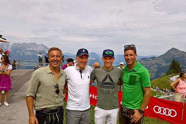 V.l.: Hans Knauss, Michael Huber (KSC), Henrik Kristoffersen, Benjamin Raich