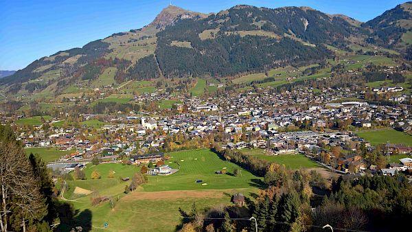 Blick vom Hausberg auf Kitzbühel