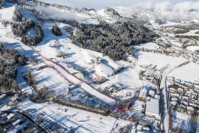 Bright, Brighter, Hahnenkamm: TRILUX as official lighting partner