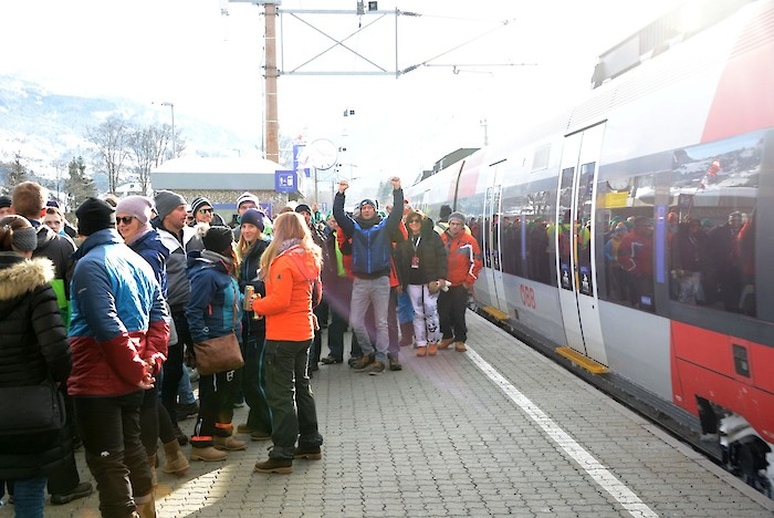 All aboard to the Hahnenkamm Races: ÖBB will make it happen